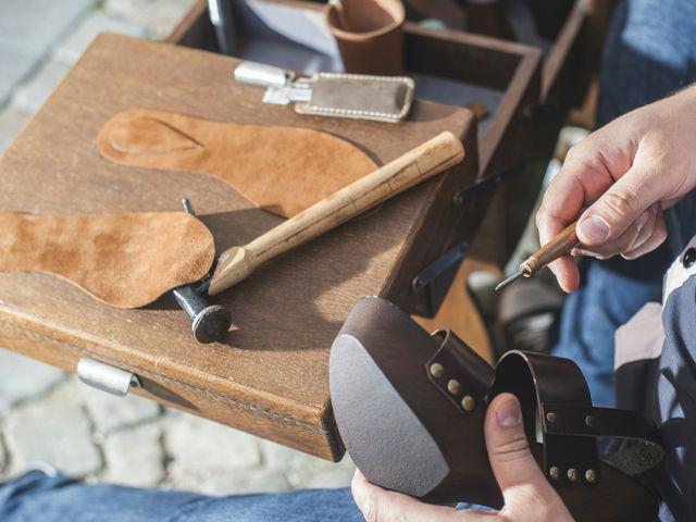 靴作りの仕事とは? 足元のオシャレを演出する靴作りの魅力に