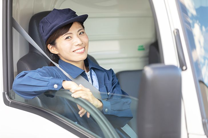トラック運転手(ドライバー)の給料ってどうなの? 就職に役立つ資格 ...